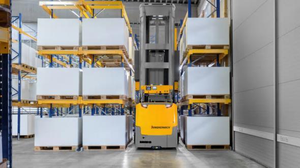 Jungheinrich automatiserar produktionsanläggning för ZF.